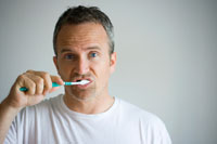Brush Teeth Cut Cancer Risk