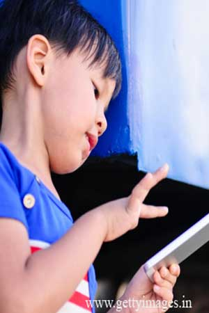 Smartphone stunts brain development in kids