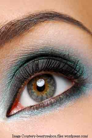 lady with eye make-up