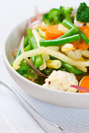 Veggies rich in folic acid served in bowl