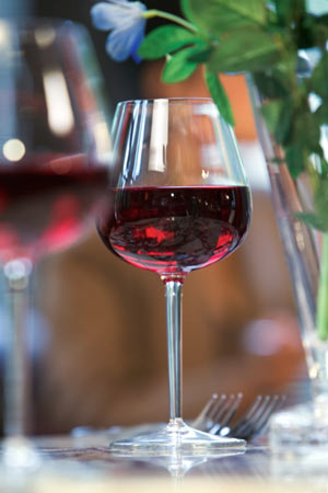 Red Wine helps in Weight Loss