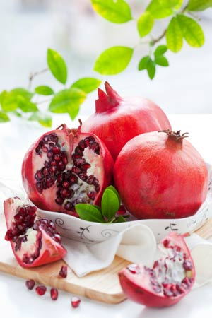 Pomegranate Juice serves to cure Cancer