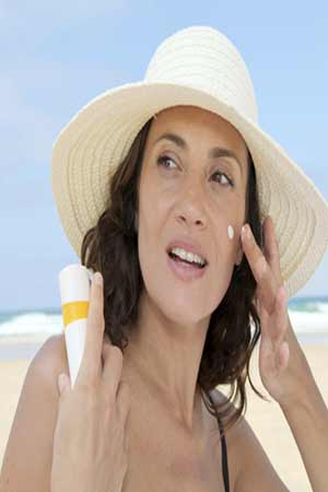 sunscreen protects scin cancer