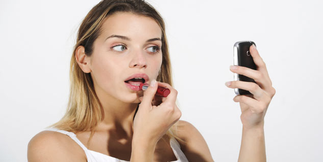 Top 5 Apps for a Makeup Makeover