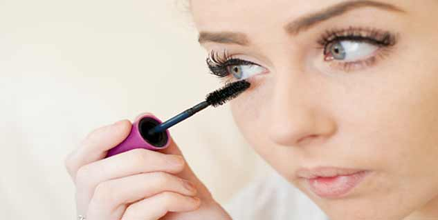 How to Apply Mascara Perfectly,