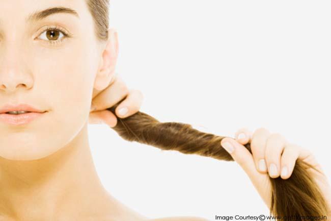 Почему очень сильно выпадают волосы помогите