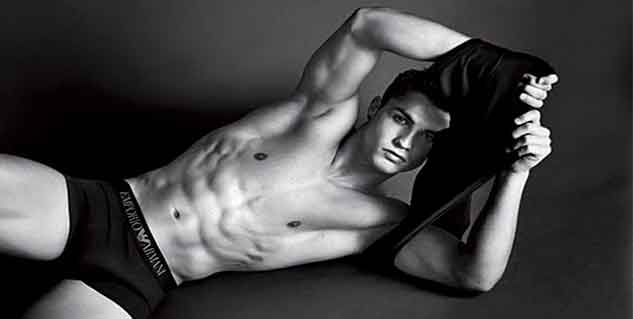 Six Packs Abs Like Cristiano in Hindi