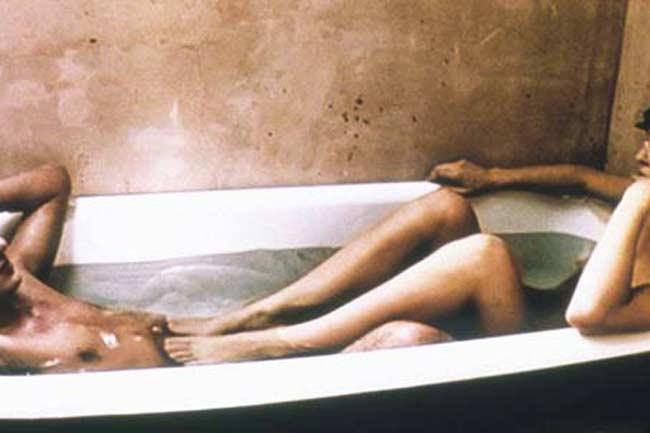 Having Sex In A Bathtub 9