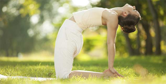 5 yoga poses to practice in morning in Hindi