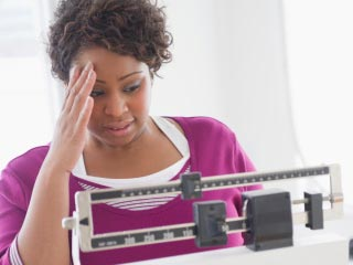 वजन ही नहीं कई अन्य परेशानियों को भी बढ़ाता है तनाव