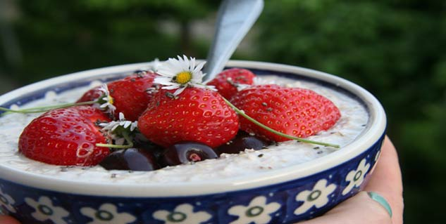 cherry oatmeal porridge