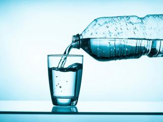 पानी से भी कर सकते हैं डिटॉक्स