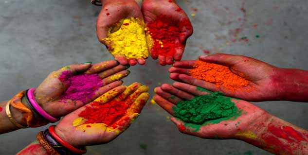 holi color in Hindi